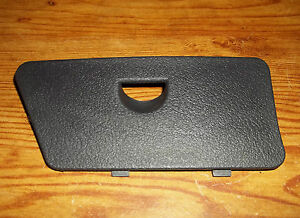 96 97 98 jeep grand cherokee fuse box door lid cover passengers image is loading 96 97 98 jeep grand cherokee fuse box