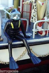 Scuba Diver Sitting Figure 1/24 Scale G Scale Diorama Accessory Item