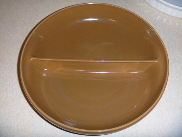 Russel Wright Iroquois Casual Nutmeg dark brown divided vegetable bowl VG++