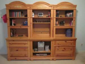 Broyhill Fontana Adaptables Bookcase Dresser Entertainment Wall Unit