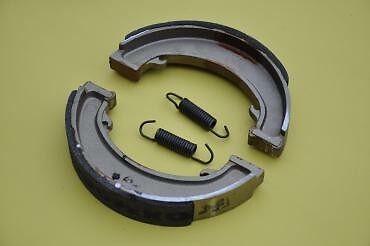 BSA//Triumph Brake Shoes A75 3TA//5TA//T90//T100//T120//T150
