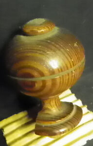 1 BULLS EYE GRAIN FINIAL 5392