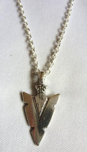 A Native American Style Arrow Head Charm Pendant Chain Necklace Tribal, Surf