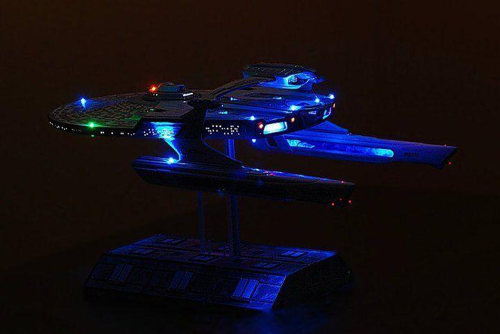 LED LIGHTING KIT RELIANT 1864 1 650 1 537  Enterprise STAR TREK AMT 1036 667