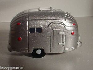 4 Pack Airstream Camper Trailer Miniatures 1:43 Scale O Scl Diorama Accessories