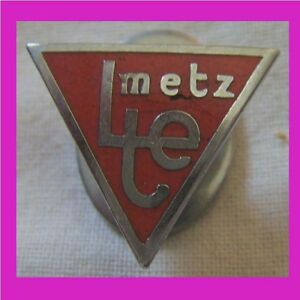 BG559-INSIGNE-LTE-METZ-FOOTBALL-LYCEE-TECHNIQUE-D-039-ETAT