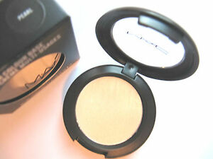 MAC-CREAM-COLOUR-BASE-PEARL-NEW-BOXED-AUTHENTIC