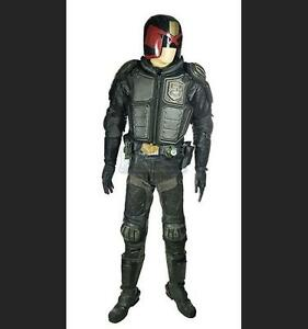 Judge-Dredd-Complete-Costume-Utility-Belt-with-Stunt-Double-components-001