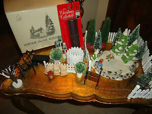 Department-56-Heritage-Village-Skating-Pond-Trees-Fence-Christmas-LOT-25pc
