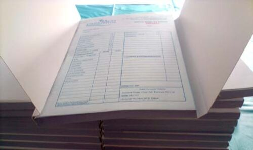 5 A4 Custom Duplicate Carbonless Invoice Quote Receipt Books Delivery Docket Pad