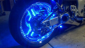 Motorcycle-wheel-lighting-system-PUCK-system