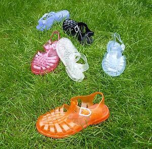 Sun-Jellies-retro-vintage-jelly-sandals-plastic-beach-shoes-Meduse-French