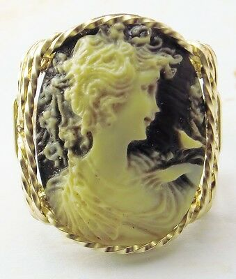 Anastasia Cameo Ring 14k Rolled Gold