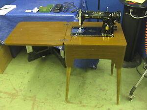 Vintage-Singer-Sewing-Machine-Model-15-91-Centurian-Series-Cabinet-amp-Foot-Pedal