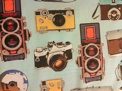 CAMERAS VINTAGE TRAVEL CAMERA BLUE COTTON FABRIC FQ 11 Inch