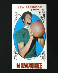 1969 Topps Lew Alcindor Rc 25 Basketball Card