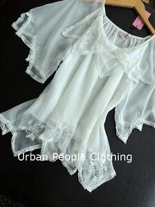 Miracle-Vtg-White-Top-S-Anthropologie-earring-Urban-People-Clothing-Free-Spirit
