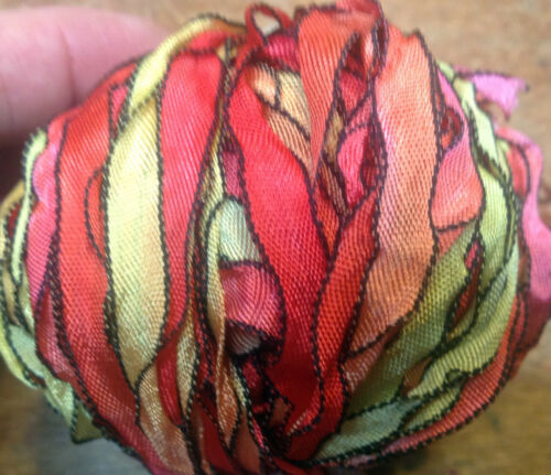 """CURLY RIBBON 1//4/"""" Rayon BLACK EDGE 3 yds Made in USA Dolls Knit Hair"""