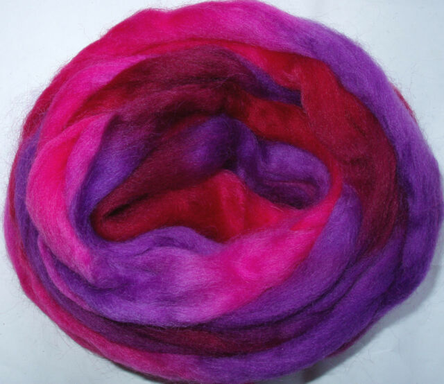 4yds Space Wool PINK/PURPLE needle wet felting dreads spinning pencil roving 20g