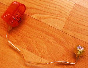 Capable Mini-linterna De Lectura Con Pinza