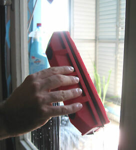 Double window cleaner
