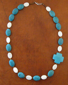 Santo-Domingo-20-Battle-Mountain-Turquoise-Necklace-by-Matthew-Moquino