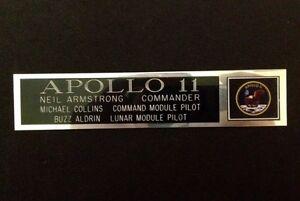 APOLLO-11-ASTRONAUTS-amp-POSITION-NAMEPLATE-FOR-SIGNED-NASA-MEMORABILIA-ARMSTRONG