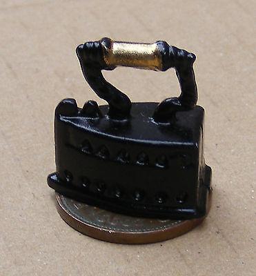 1:12 Scala Vittoriano Ferro In Metallo Casa Delle Bambole Miniatura Accessorio Cucina Lavanderia-mostra Il Titolo Originale Gli Ordini Sono Benvenuti
