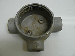 CROUSE HIND GUAT-26 EXPLOSION PROOF CONDUIT OUTLET BOX 3HUB 3/4INCH