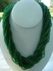 Beautiful-Green-Glass-Seed-Bead-30-Strand-Necklace-Tribal-Pow-Wow-Rendezvous