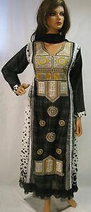 Pakistanni-and-indian-shalwar-kameez-party-wears-asian-clothes-saree-sari
