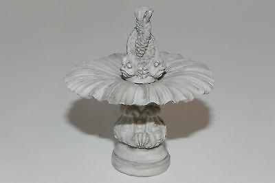 Dollhouse Accessory  Water Fountain for Village Nativity Creche Diorama Fountain