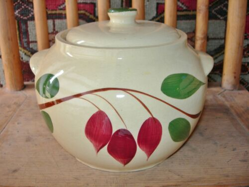1950'S WATT POTTERY LIDDED BEAN POT #76 RED BUD R DROP CREAMY IVORY YELLOW