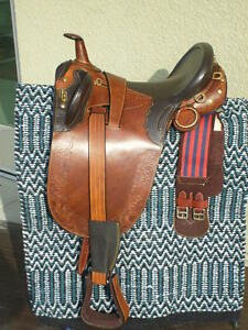 18-034-NEW-LIGHT-OILED-AUSSIE-STOCK-OUTBACK-SADDLE-PKG