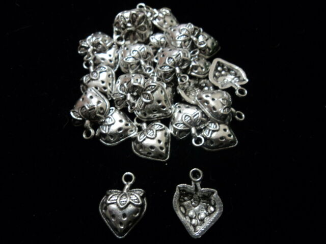 Tibetian Silver Lead Free Pewter Charms/Strawberry