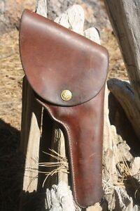 Fantastic-Vintage-George-Lawrence-Marked-Holster-with-a-Swastika-or-Swirling-Log
