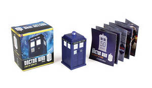Doctor Who: Light-Up Tardis Kit by Richard Dinnick Book