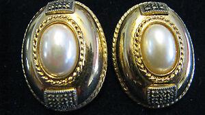 Vintage-Designer-Judith-Jack-Goldtone-Oval-Faux-Pearl-Marcasite-Clip-On-Earrings