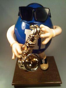 b2-M-amp-M-DISPENSER-9-1-2-034-tall-Saxaphone