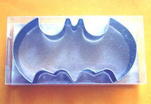 4-034-Batman-movie-comics-party-biscuit-baking-pastry-metal-cookie-cutter