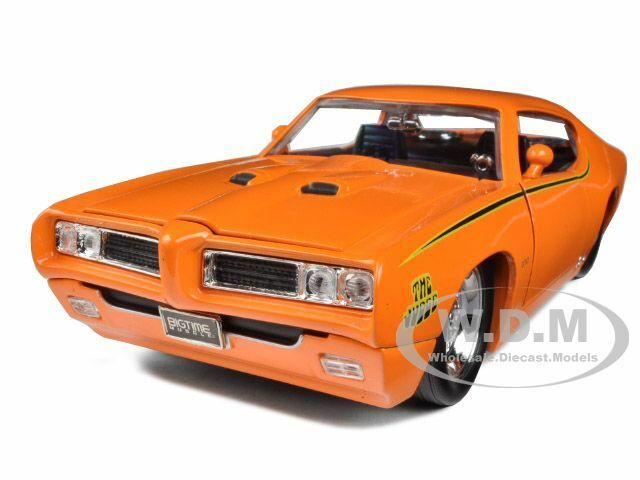 1969 PONTIAC GTO JUDGE ORANGE PRO STOCK 1/24 DIECAST MODEL CAR BY JADA 90344