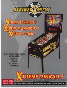STERN-STRIKER-XTREME-ORIGINAL-MINT-NOS-PINBALL-MACHINE-FLYER-BROCHURE-2000