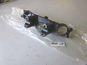 Kawasaki KX125 D1 1985 Steering Head Stem Fork Holder Upper 44039-1119 NOS