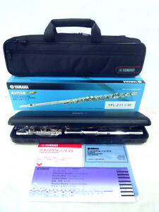Brand new yamaha flute yfl 211 new inventory boxed for Yamaha yfl 221 student flute