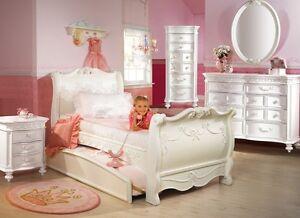Disney Princess 5 Piece Full Sleigh Bed Bedroom Set Disney Princess Collect