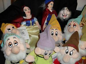 LOT Disney Snow White bean bag lot of 7 Dwarfs , Prince ,& Witch NWT Bonus Book