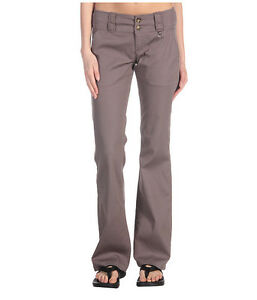 Women's Casual Pants Buying Guide