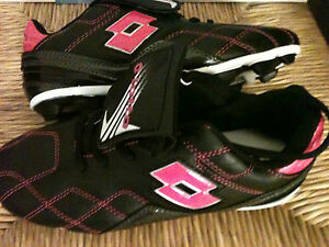 Lotto-Girls-Youth-Soccer-Cleats-Shoes-Pink-Black-Girl-Size-4