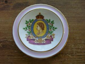 Queen-Elizabeth-Dresser-Tray-Pin-Dish-Trinket-Plaquette-Pink-Antique-Dieu-Droit