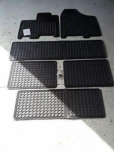 New Oem 2011 2012 Toyota Sienna All Weather Mats 8 Peice Set